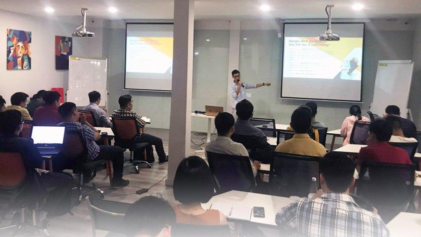 Hòa Huỳnh founder Viện IT chia sẻ kiến thức SEO