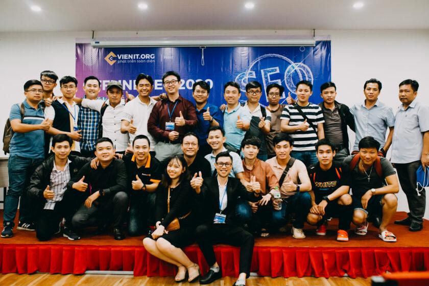 Offline công ty công nghệ Viện IT 2020